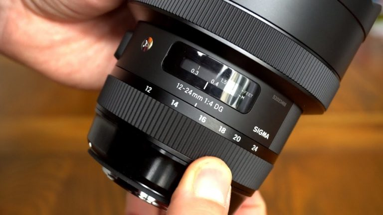 Is a 35mm full frame lens that important for photographers?