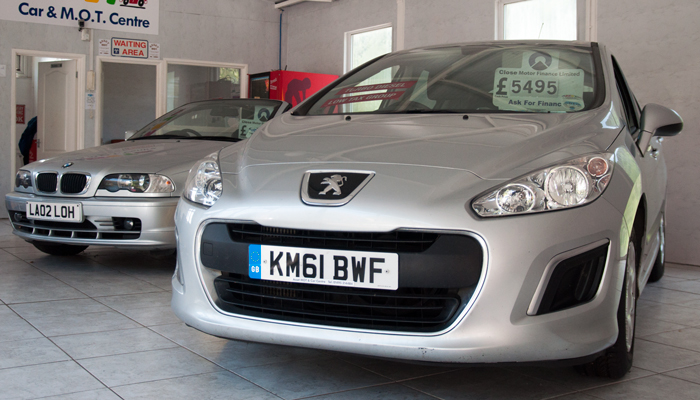 Buy affordably priced branded and posh used cars
