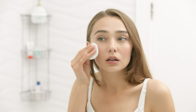 Things to Consider When Using a Whitening Cream
