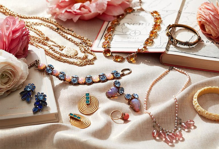 Tips To Buy Fashion Jewelry Online